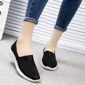 Women Sneakers Female Vulcanized Shoe Casual Slip On Ladies Flat Shoe Trainers Soft Walking Footwear Zapatos de mujer YYJ152