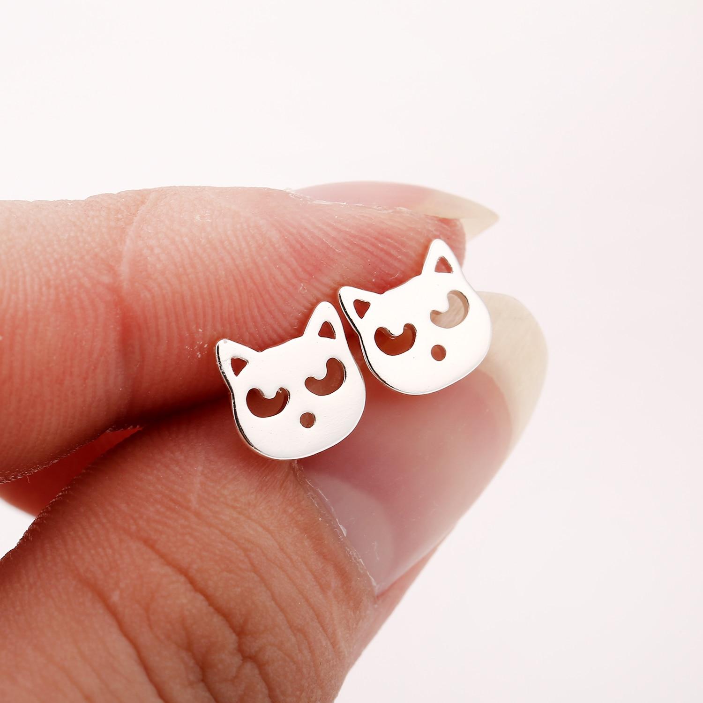Jisensp Cartoon Tiny Bear Stud Earrings Fashion Jewelry for Women Cute Animal Teddy Bear Ear Stud Party Gift bijoux