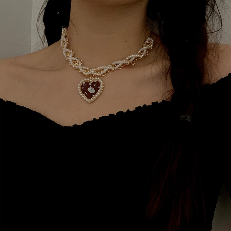 Ins Online Influencer Necklace Female Clavicle Chain Pearl Personality Simple Choker Short Neckband