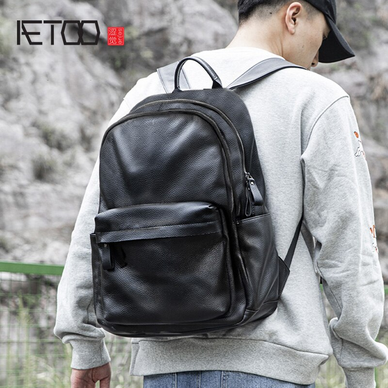 AETOO حقيبة ظهر من الجلد للرجال ، حقيبة ظهر من الجلد بسيط من الطبقة الأولى ، حقيبة سفر ترفيهية ، حقيبة حاسوب ذات سعة كبيرة
