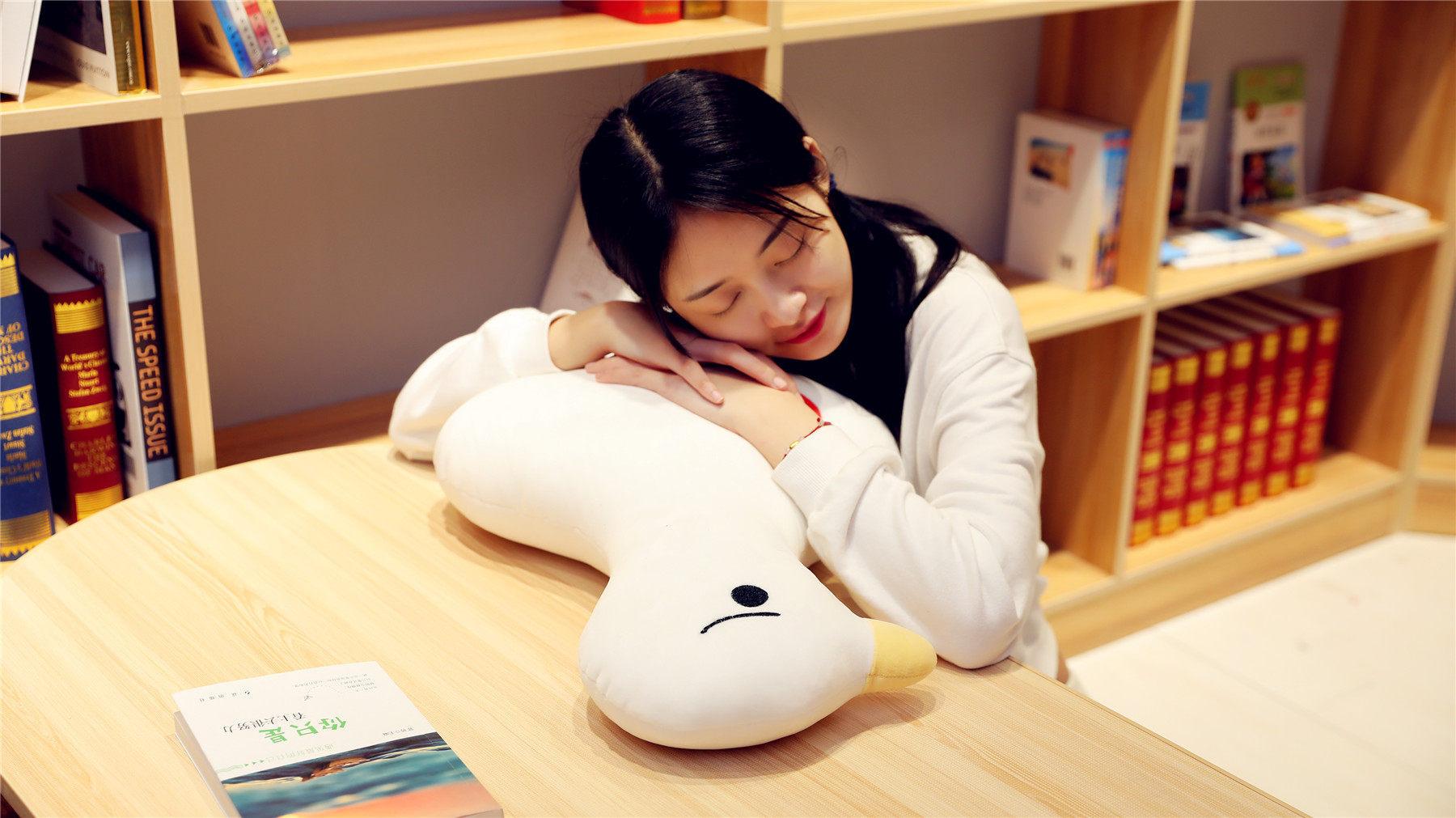Almohada de muñeca de pato de celebridad en línea, almohada de plumas de pato blanco grande, pijama perezoso rong wan Joo, almohada de gran tamaño, decoración de habitación para niños