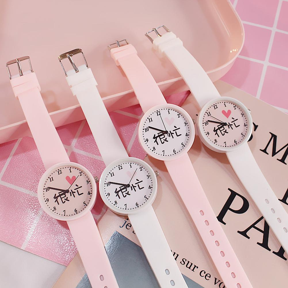 Bonito Destaque Caráter Chinês Mulheres Relógio Silicone Strap Round Dial Analógico Quartz Relógio de Pulso de Alta Qualidade Presente Женские часы