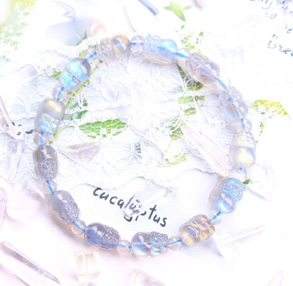 Natural Grey Moonstone/Labradorite Carved Pixiu Bead Bracelet for Men and Women Healing Power Stone Bracelet Reiki Yoga Jewelry