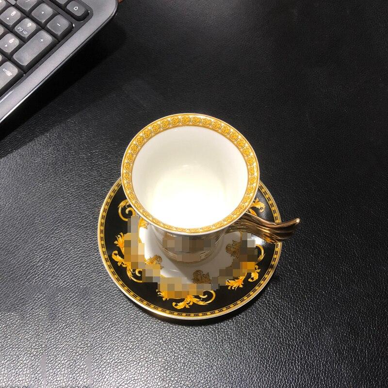 طقم فناجين قهوة بورسلين فاخر ، أدوات مائدة أوروبية ، خدمة القهوة ، فنجان وصحن ، فنجان شاي ذهبي أسود ، تقنية العظام الصينية