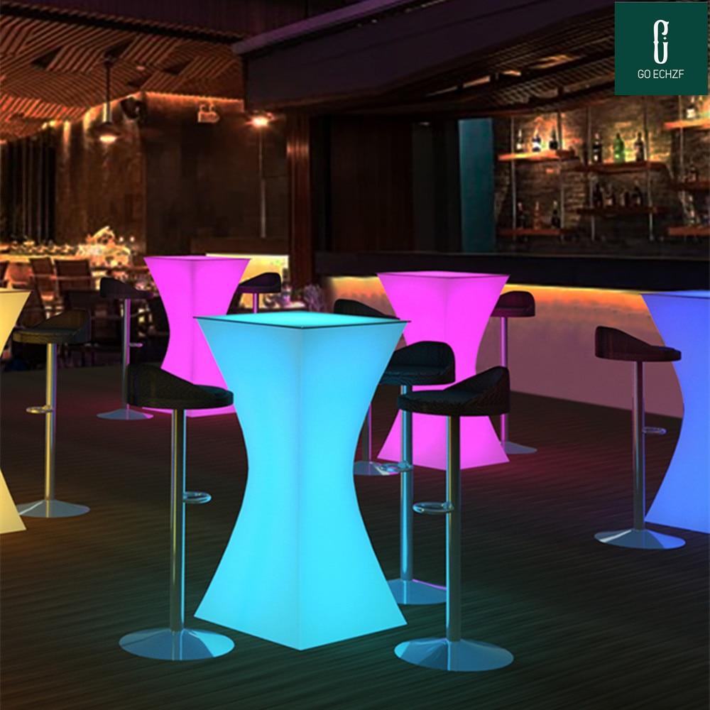 2021 موضة LED مضاءة حتى بار الأثاث قابلة للشحن الراقية طاولة مشروبات D60 * H110cm بار طاولة القهوة طاولة مشروبات