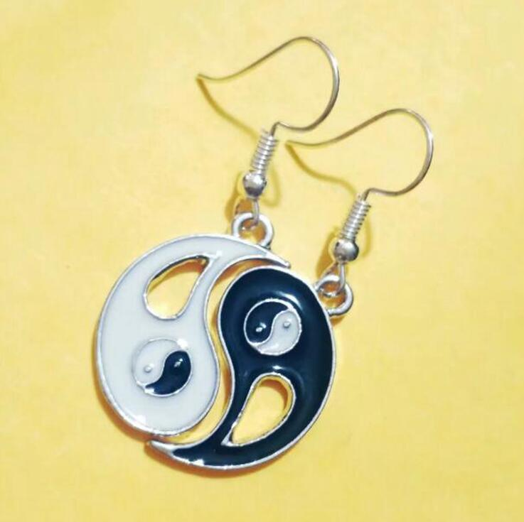 1 par fofoca tai chi yin yang dangly brinco compartilhar branco preto amizade charme drape brinco diy moda feminina jóias presentes