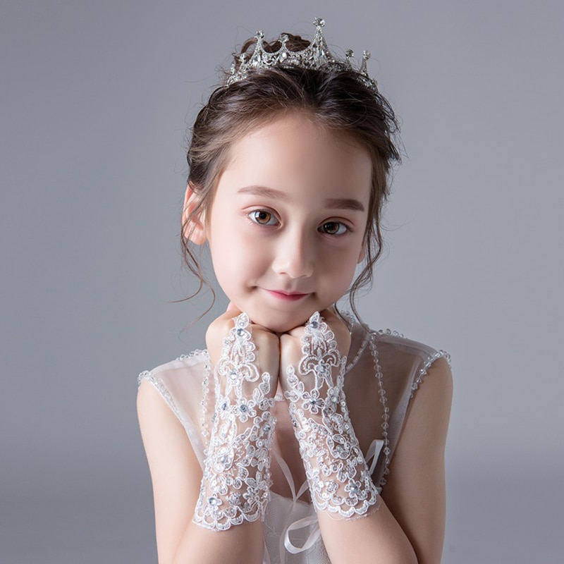 2019-fashion-beauty-girl-red-white-fingerless-wedding-gloves-lace-beaded-for-bridal-wedding-accessories-stage-performance