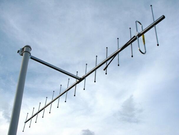 UHF 435M مكاسب عالية 14dBi الاتجاه ياغي هوائي قوي إشارة تلقي 15 عناصر 430mhz 433M 440MHz ياغي هوائي