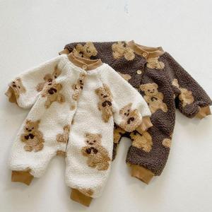 Winter Keep Warm Lamb Wool Newborn Clothing Boys Single Breasted Jumpsuit Infant Girls Cute Little Bear Pattern Romper 2021 New