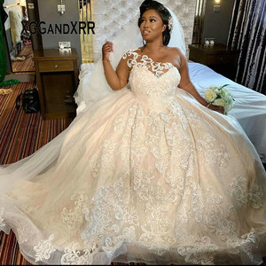 New Arrival African Bridal Gown 2020 Wedding Dresses Plus Size One Shoulder Lace Applique Long Bride Dress Custom Made For Bride