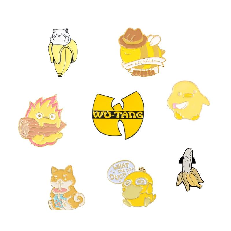 ¡Colección de colores! Bonito broche de Pin esmaltado con diseño de abeja, Gato y pato, Logo amarillo de plátano, Pin Wu tang Kung Fu para solapa con insignia, regalo genial para amigos