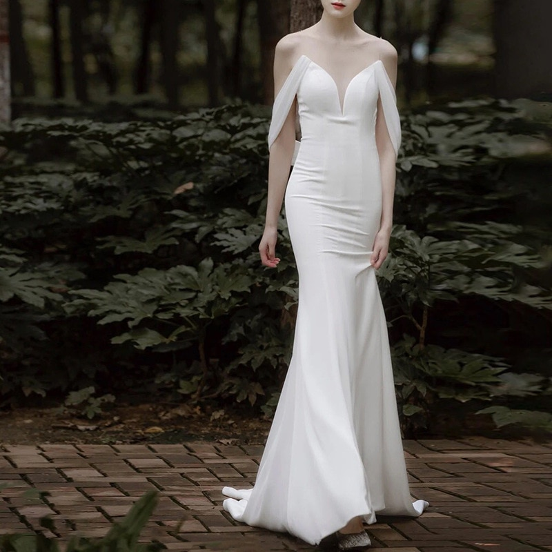 Get 21 luxury design high-end fashion simple Satin fishtail mopping wedding dress temperament slim one shoulder gauze banquet dress