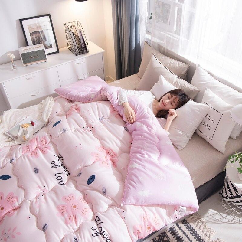 Edredón de poliéster de alta calidad invierno/otoño acolchado edredón ropa de cama manta 100% edredón cálido de relleno de poliéster