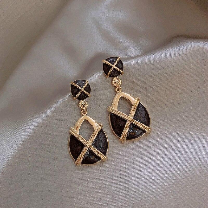 Женские ажурные серьги в Корейском стиле, элегантные сережки в стиле ретро во французском серо-черном цвете, ювелирные изделия
