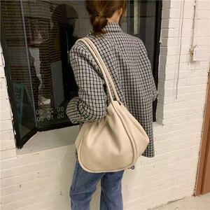 Luxury Designer New Women Clutch Bag Pleated Dumpling Shoulder Messenger Bag Small Cute Lady Crossbody cloud bag