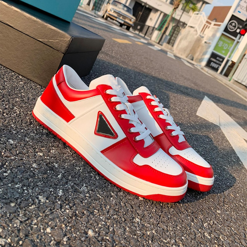 2021 Fall/winter Non-slip Flat Breathable Skateboard Shoes Women's Lace-up Casual Korean Men's And W