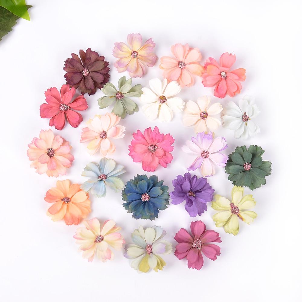 4.5CM 10 sztuk/partia Mini Silk Daisy sztuczny kwiat głowy na ślub Home Decoration DIY wieniec Christmas Gift rzemiosło fałszywy kwiat