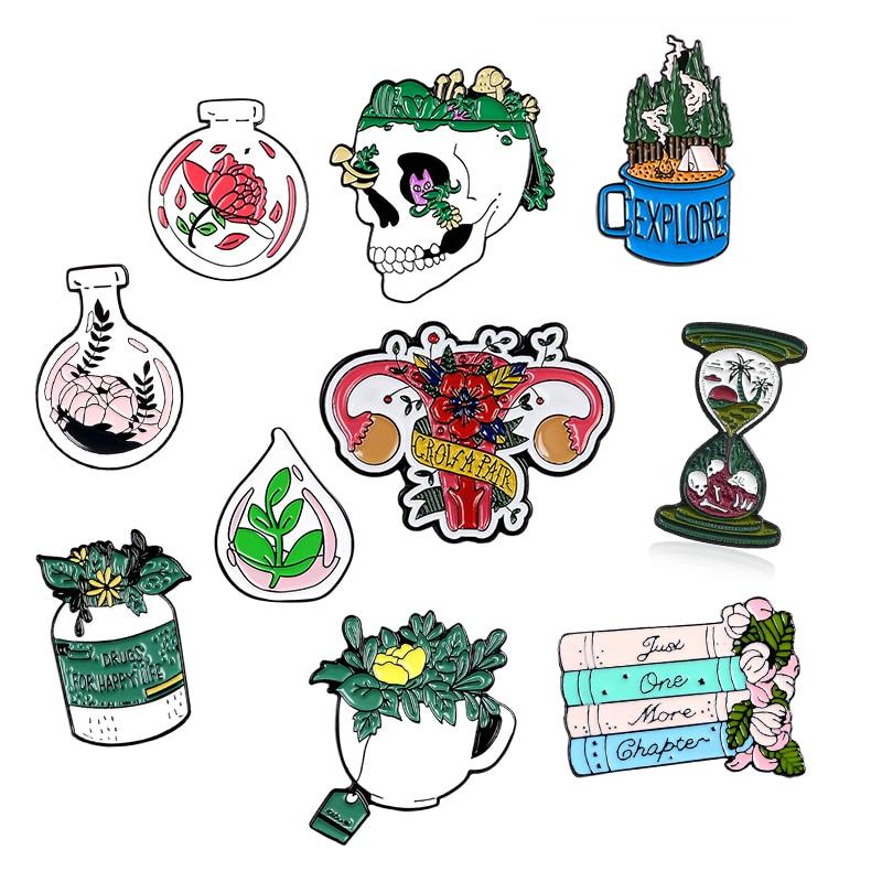 Plantas Punk flor esqueleto huesos calavera reloj de arena libro taza esmalte Pin personalizado broches camisa solapa bolsa verde insignia joyería