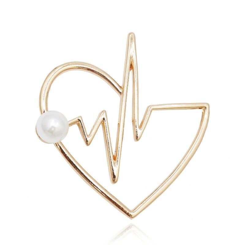 New Design Peach Heart Metal Brooch Pearl Anti-light Simple Fashion Suit Coat Collar Lapel Pin Jewelry Luxury Women Accessories