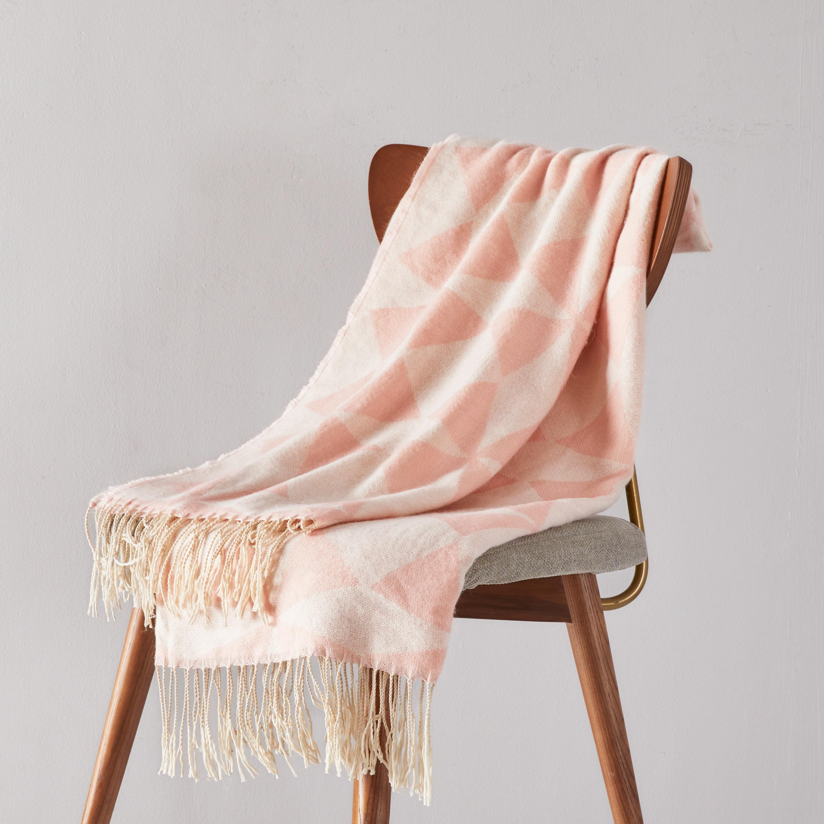 لون نقي محبوك غطاء مكيف الهواء قيلولة بطانية مريحة ودافئة شرابة بلون غطاء السرير غطاء أريكة الوردي