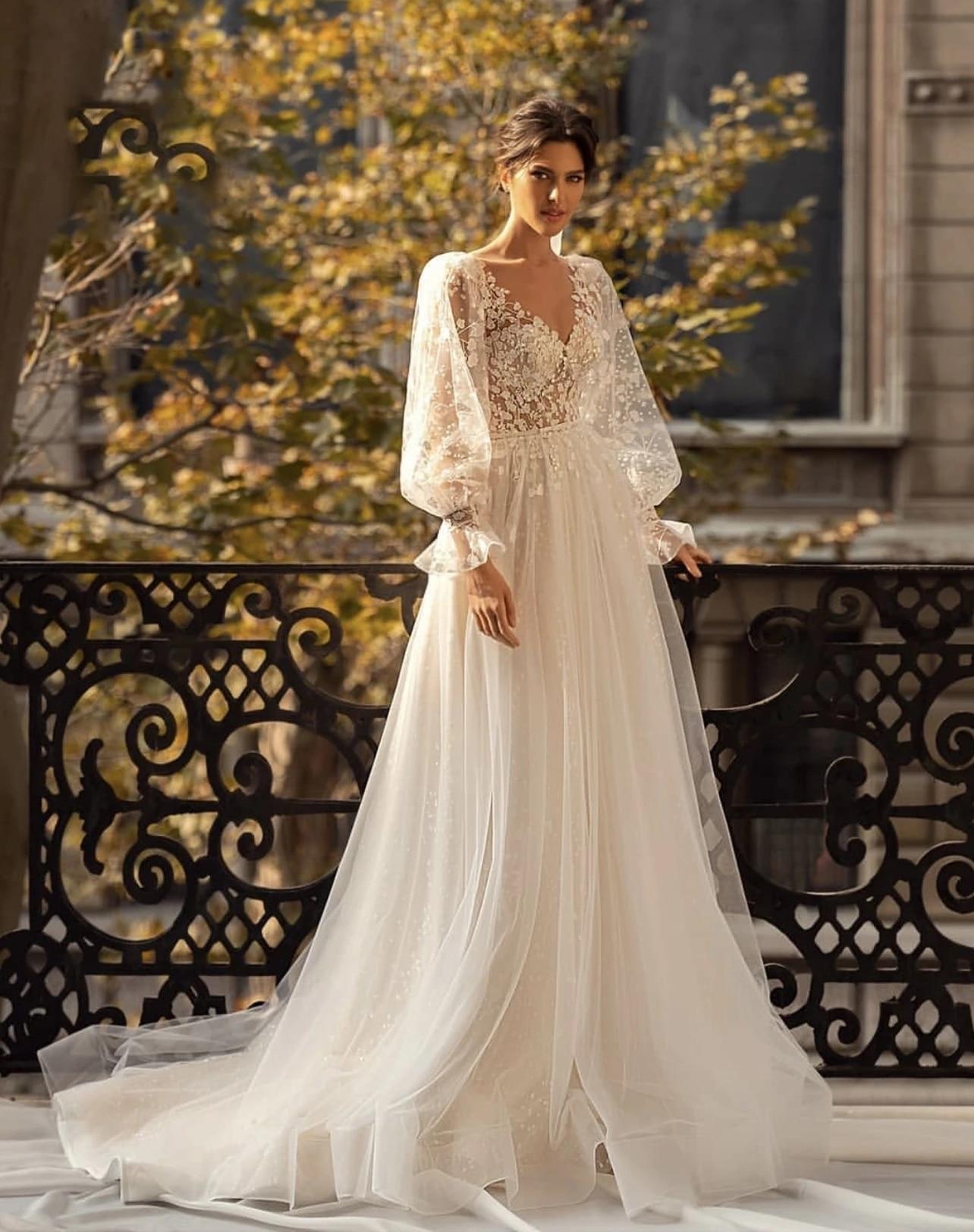 Promo Wedding dress Lace Wedding Dress Vintage V-Neck Sleeveless Tulle Bride Dress Pearl Elegant 3d Flowers Custom Made  Floor Length