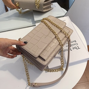 SWDF Popular Chain Mini Bag Women Handbag 2021 New Fashion Wild Shoulder/Crossbody Bag Net Red Texture Square Design Sling Bag