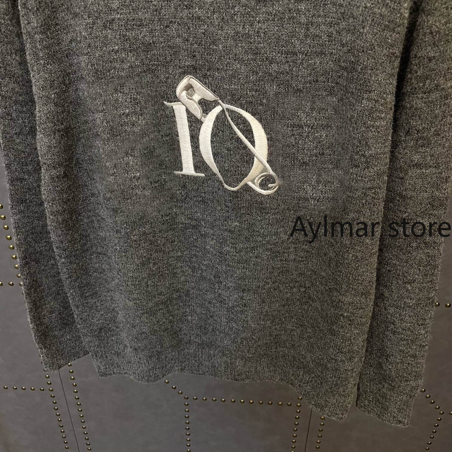 High quality 21 autumn winter new fashion women's pin letter embroidery sweater wool blend short knitted sweater woman sweaters enlarge