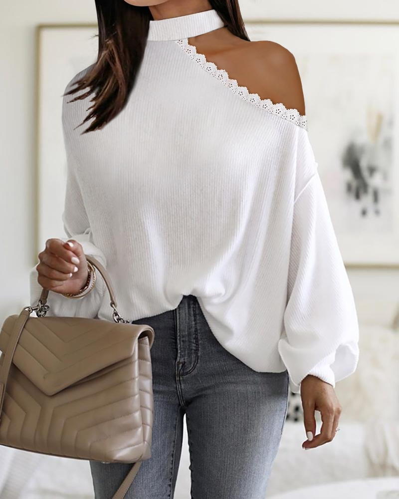 Фото - 2021 Female Autumn Winter Beaded  Fluffy Women's Clothing Cold Shoulder Lantern Sleeve Ribbed Contrast Lace Sweater bell sleeve cold shoulder lace panel dress