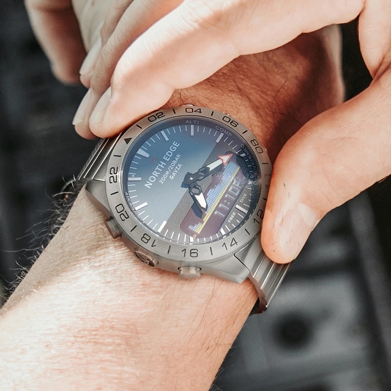 NORTH EDGE diving sports watch men's watch military army luxury all-steel business waterproof 200 meters altimeter compass north