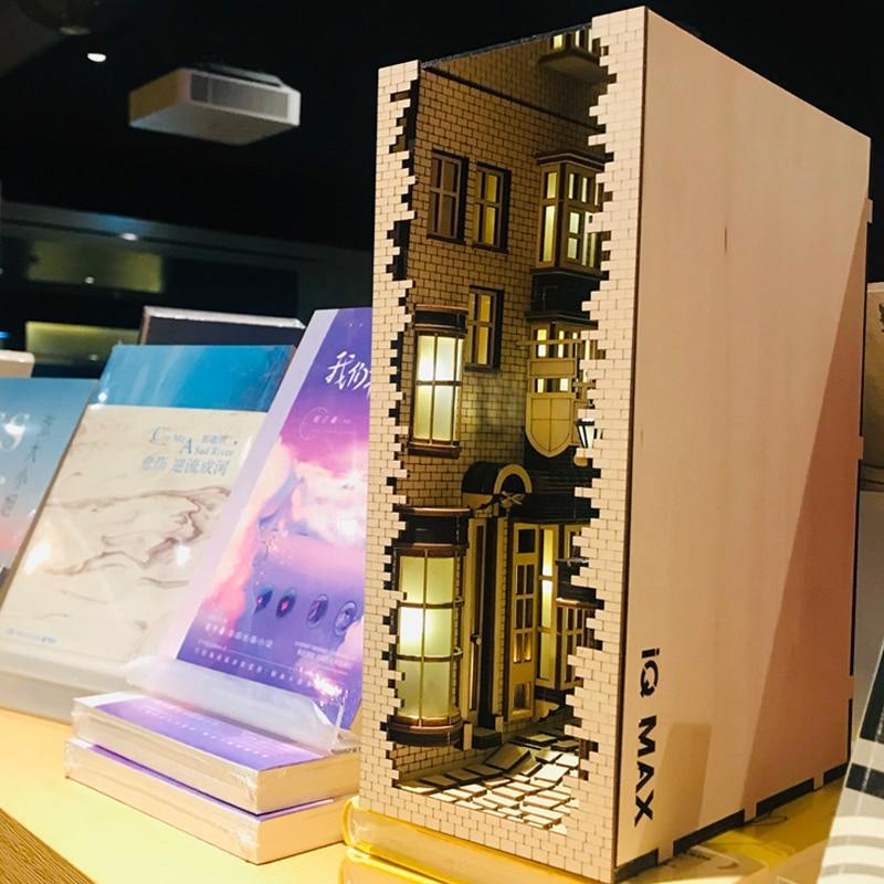 Wooden Book Nook Inserts Art Bookends DIY Bookshelf Decor Stand Decoration Japanese Style Light Model Building Kit