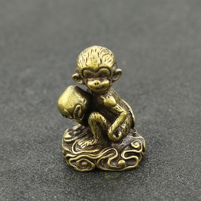 Mini mono lindo con latón melocotón Vintage Animal estatua Metal figura utilería hogar Oficina escritorio decoración adorno juguete regalo
