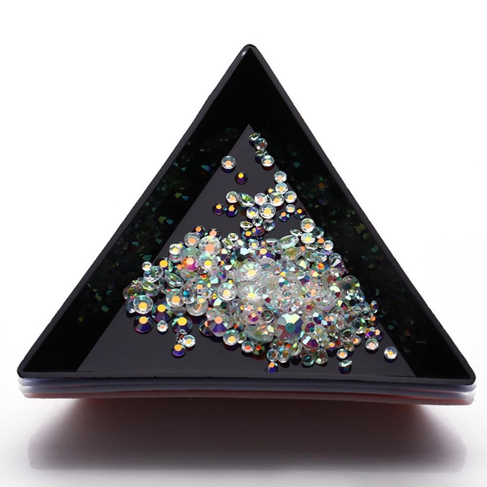 1pcs Triangle Plastic Rhinestone Nail Art Box Plate Lightweight Tray Holder Storage Container Jewelry Glitter Cup Manicure Tool