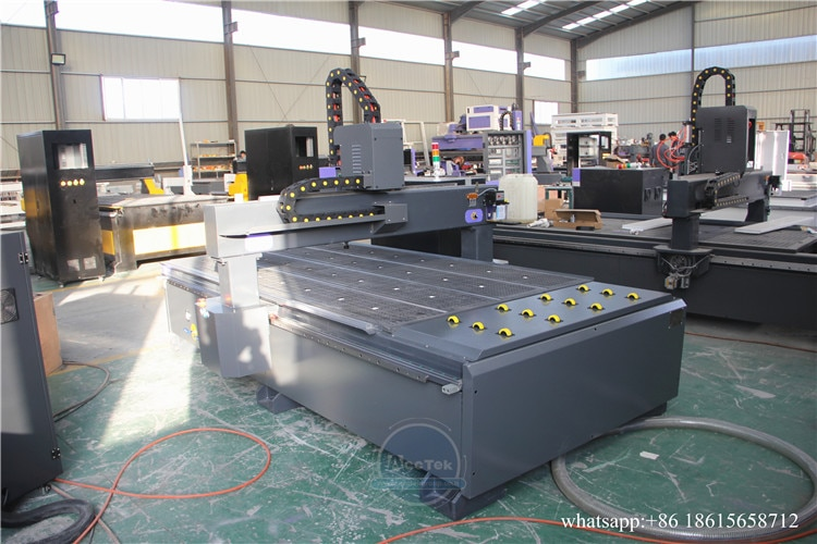 Heavy Duty Structure 1325 Cnc Router 4 Axis Wood Carving Design Router 1325 Cnc Router Machine Price In Europe enlarge