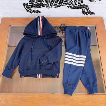 Explosive children's wear 2021 early autumn new product boys' webbing design hooded casual sweater two-piece suit, handsome and