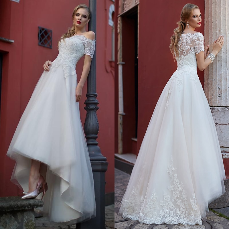 Front Short Long Back Off The Shoulder Wedding Dresses 2021 A-Line Short Sleeve Lace Appliques Button Charming Tulle Bridal Gown
