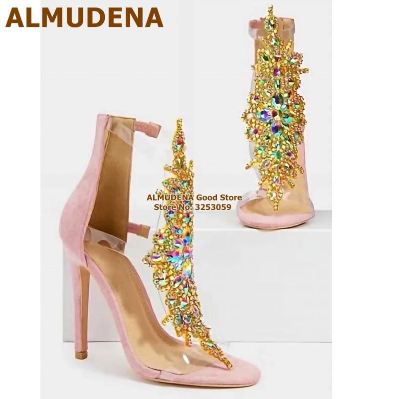 ALMUDENA-صندل زجاجي لامع مع مشبك PVC ، حذاء زفاف مرصع بأحجار الراين المزخرفة بالزهور