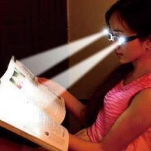 Lunettes de thérapie magnétique hommes femmes Led lunettes de lecture Vision détecteur lumières avec lecture argent lunettes de nuit illuminées N0C1