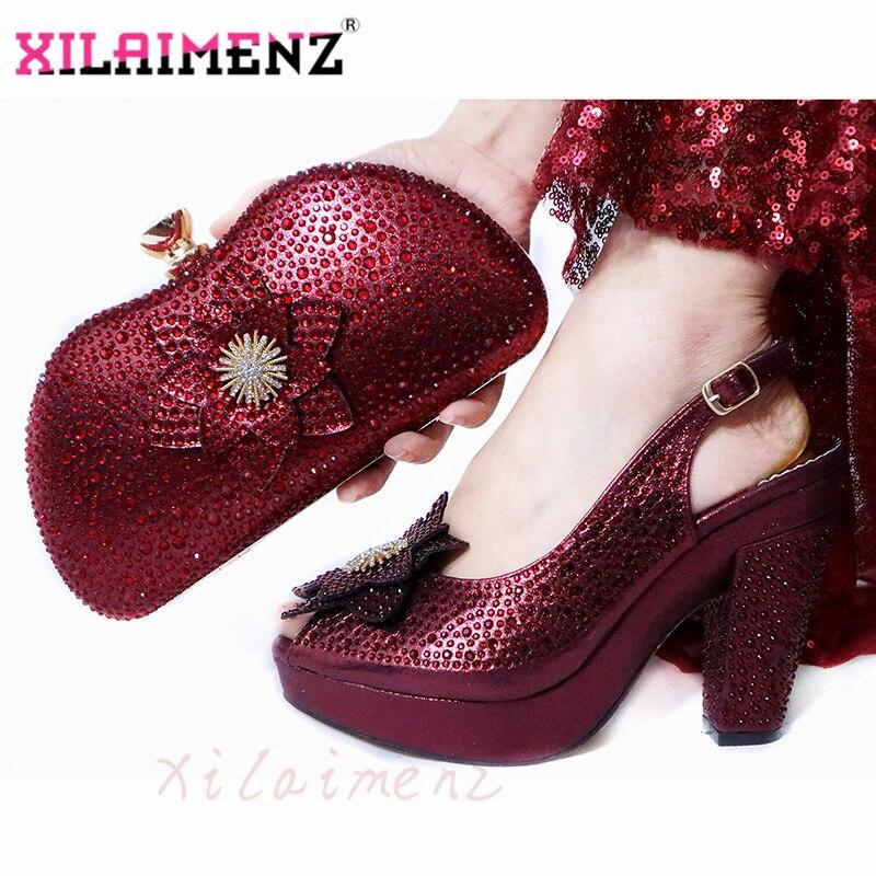 Últimas sandalias de primavera italianas zapatos y bolsa para combinar Set para fiesta de moda bombas de diamantes de imitación zapatos y bolsa Set en vino