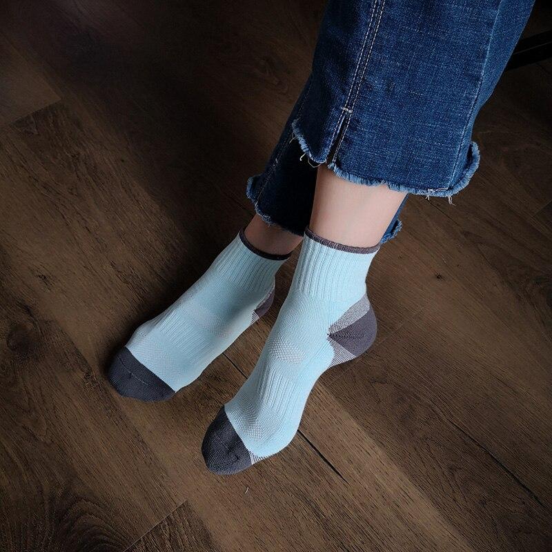 Lionzone 1 pares harajuku bonito doce cor meias casuais feminino curto pilhas heap meias moda cor sólida simples menina sokken
