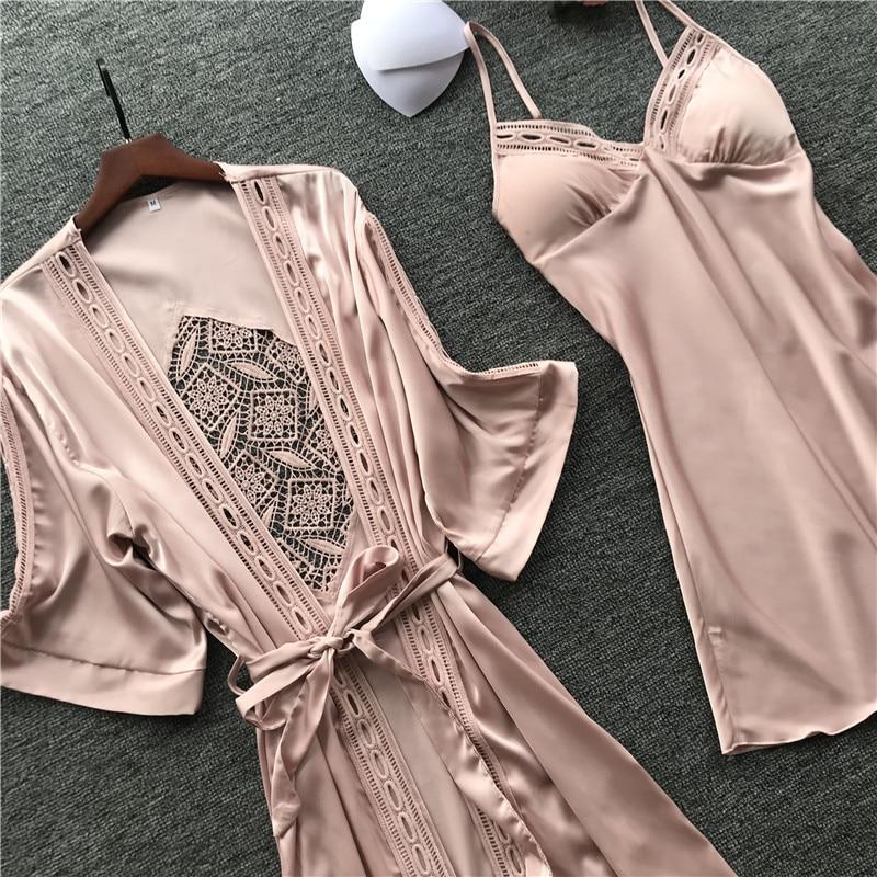 2020 Robe & Gown Sets Pajamas for Women Sexy Lace Sleep Lounge Pijama Long Sleeve Nightwear Bathrobe Night Dress with Chest Pads