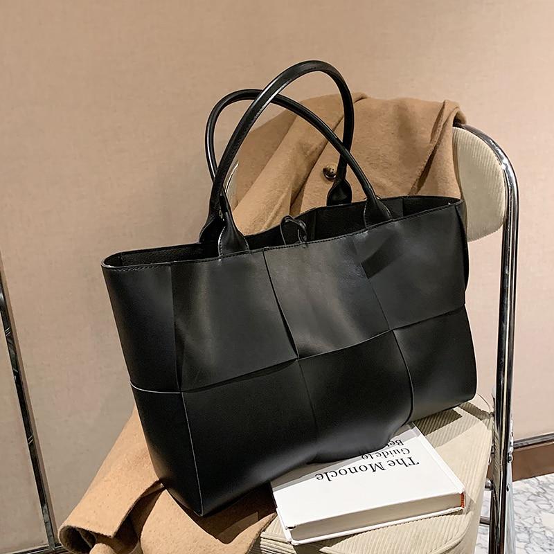 العلامة التجارية الفاخرة نسج كبير حمل حقيبة 2021 موضة جديدة عالية الجودة بولي PU جلد المرأة مصمم حقيبة يد حقائب كتف عالية السعة