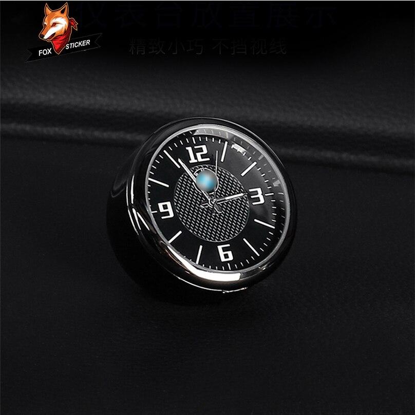 Reloj de cuarzo electrónico luminoso Interior reloj de coche adornos reacondicionados para accesorios de coche BMW