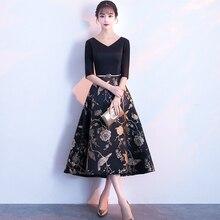 Printed Flower Satin Black Cocktail Dresses With Sleeves Elegant V-Neck A- Line Plus Size Semi Formal Gowns