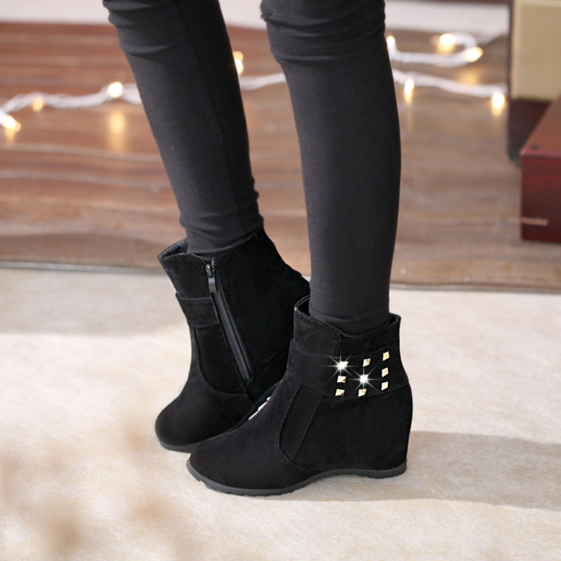 2020 Women Winter Snow Boots Increase Suede Leather Ankle Metal Rivets Shoes Woman Short Boots Platform High Heels Women Boots trendy metal rivets and solid color design ankle boots for women