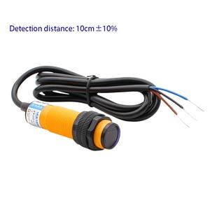 M18 Diffuse reflection sensor photoelectric switch Sensor E3F-DS10C4/C2/P1/P2 three wire NPN NO NC 10CM±10% adjustable 24V