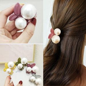 1Pcs Cute Cherry Small Catch Clip Acrylic Hair Claw Imitation Pearl Hair Crab Headwear Korean Fashion Sweet Hair Accessories