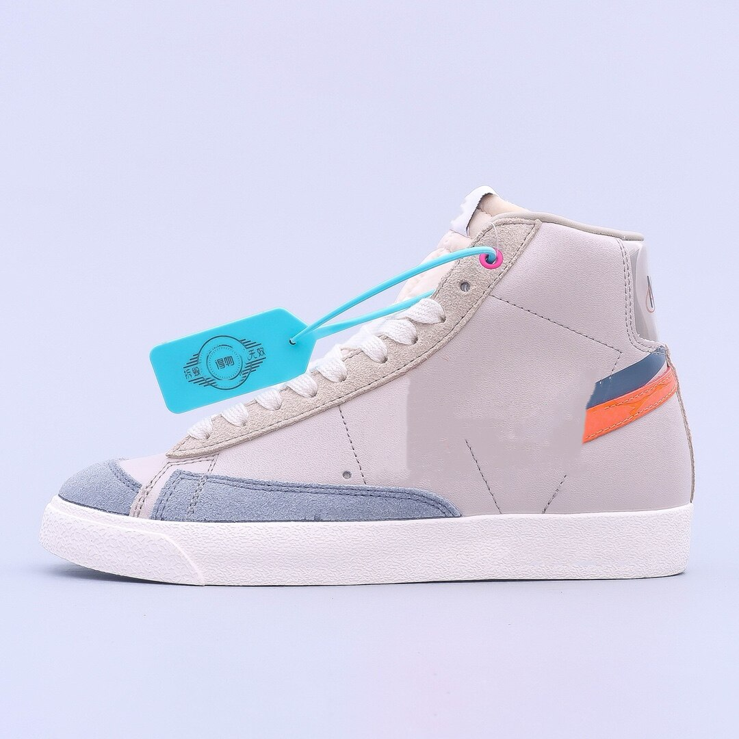 موضة أحذية رياضية للرجال المتقدمة موضة أحذية رياضية تنفس سكاربي أومو عدم الانزلاق ثلاثية الأبعاد Layercraft حماية مهرج بسيط