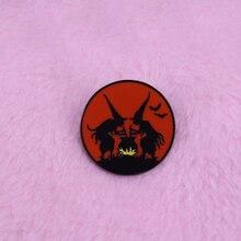 Vintage Halloween bruja con caldero insignia mágica flair Adición