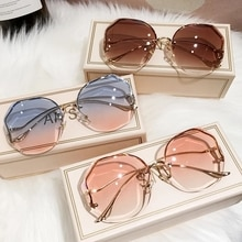 2021 New Fashion Tea Gradient Sunglasses Women Ocean Water Cut Trimmed Lens Metal Curved Temples Sun