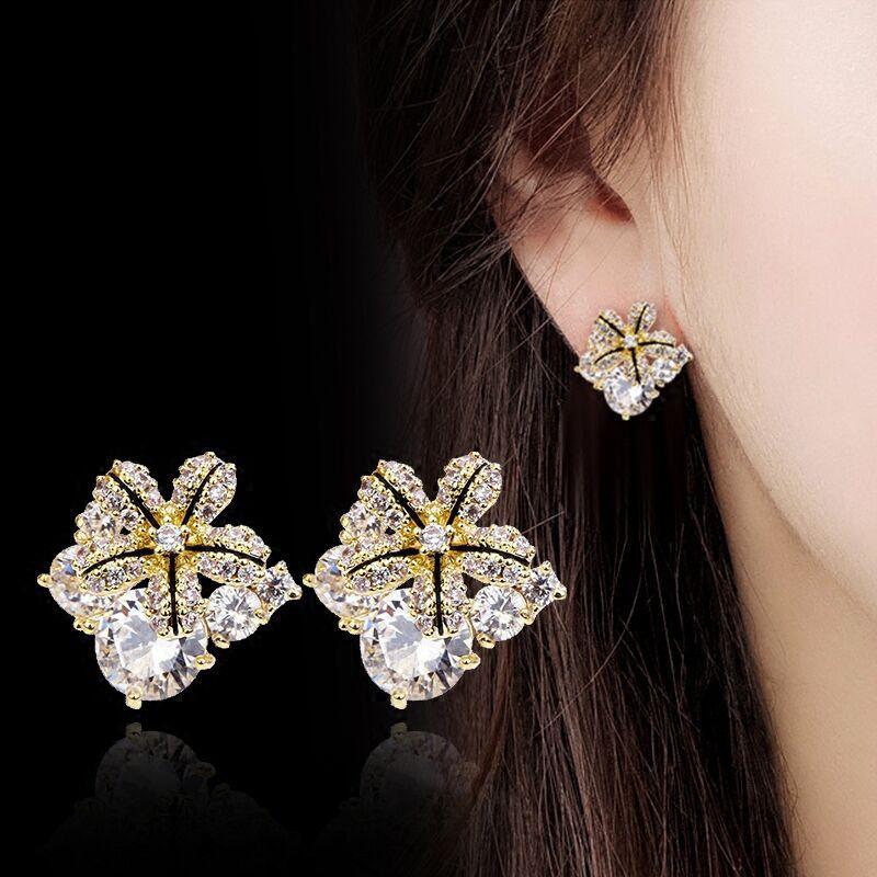 Coreano Orecchini Carino Bling del Fiore di ZIrcon Pietra Oro Argento Colore Orecchini con perno per Le Donne Gioelleria raffinata e alla moda 2020 Nuovo